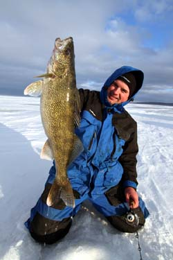 ice fishing walleyes cold front